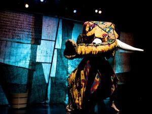 JURI MURI V AFRIKI pleše, Foto: Miha Sagadin