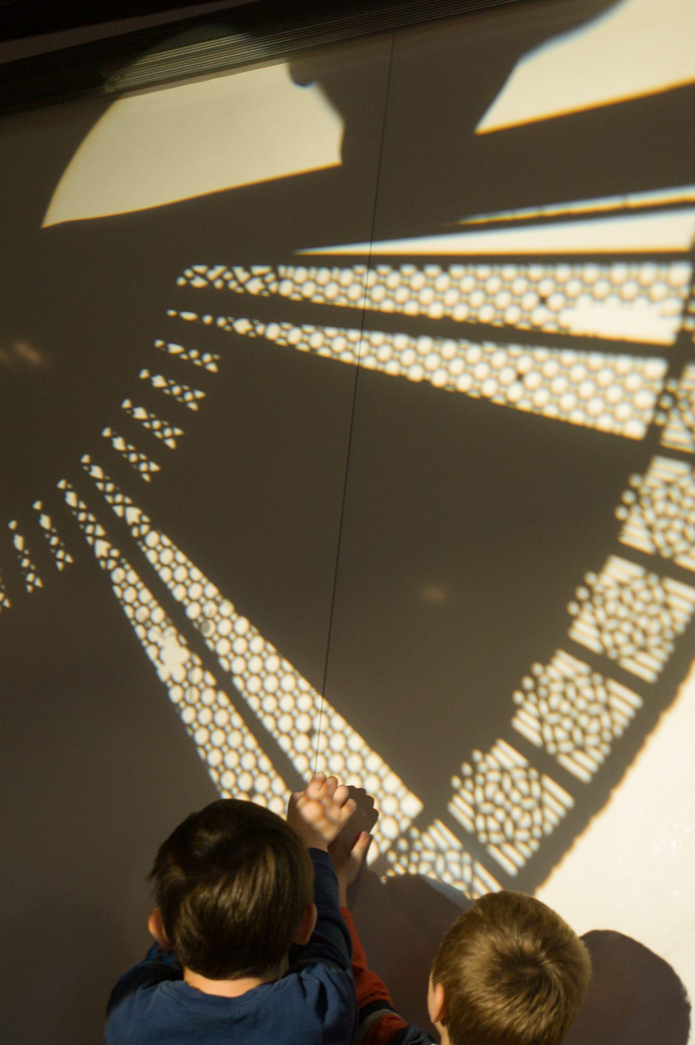 Čarobne sence, Foto: Boštjan Lah