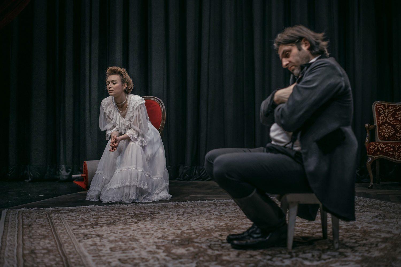 Gospa Bovary, Foto: Jaka Varmuž